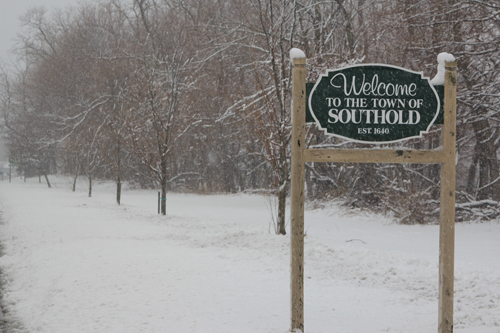JENNIFER GUSTAVSON PHOTO | A snowy Southold Town sign on Main Road in Mattituck.