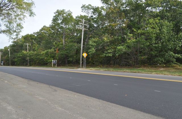 The site of a proposed business center on Route 25 in Mattituck  (Credit: Cyndi Murray, file)