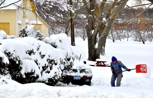 TIM KELLY PHOTO | The top priority for many on Saturday, including this Cutchogue resident, was trying to get free.